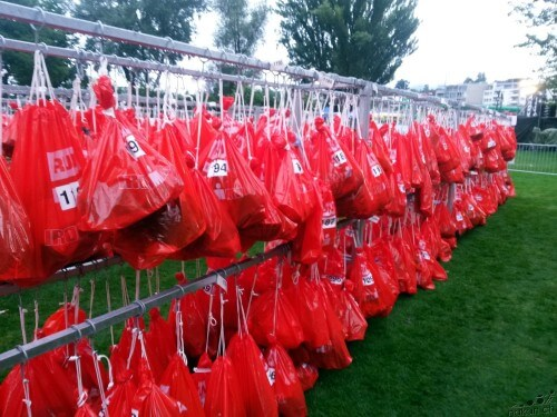 red_bags_web