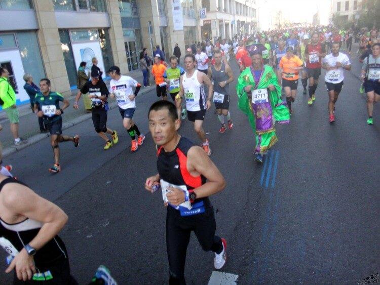 marathon_behind_web