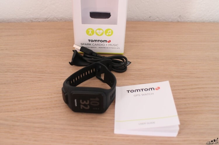 tomtom_spark_box_content_web