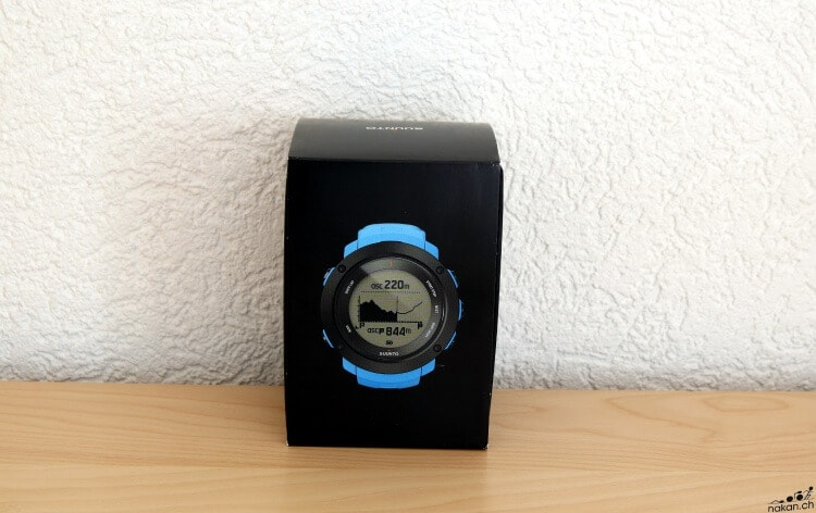 suunto_ambit3_vertical_unbox_01_web.jpg