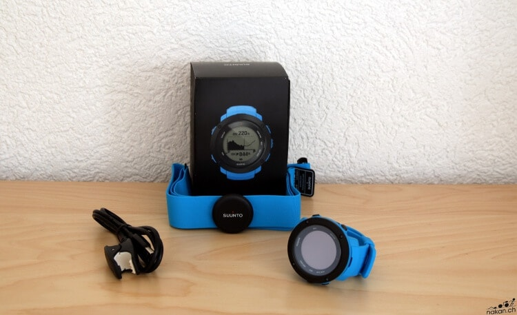 suunto_ambit3_vertical_unbox_04_web.jpg