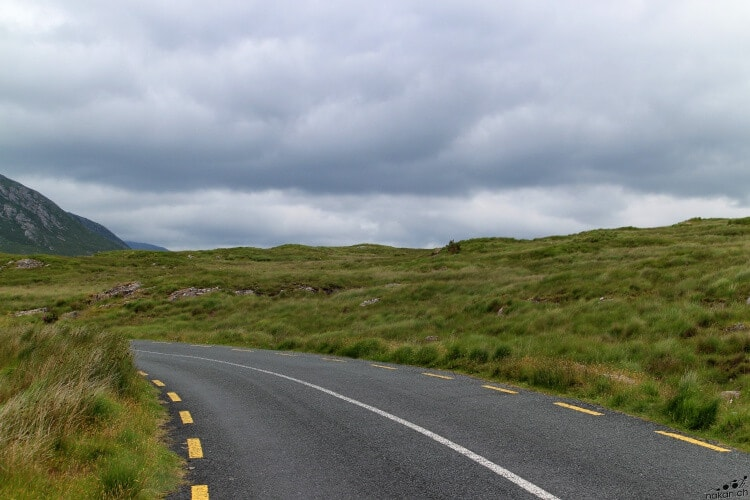 connemara_road_01_web.jpg