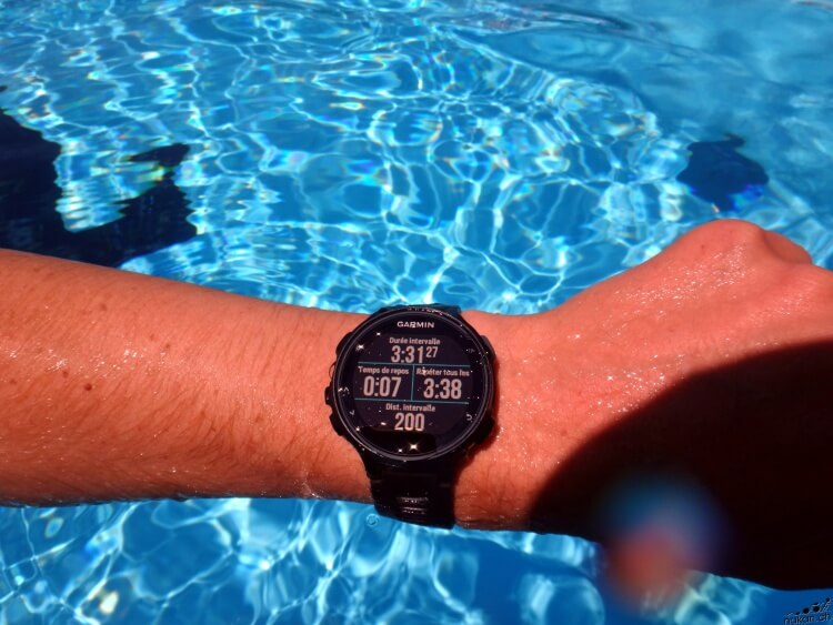 garmin_fr735xt_swim_02_web.jpg