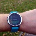 Grâce à l'application Komoot, on créé des parcours pour sa Garmin depuis le smartphone