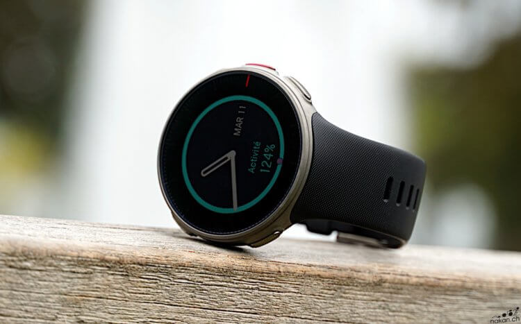 Vantage V vs fenix 5 Plus vs Suunto 9: Quelle montre GPS de triathlon? - nakan.ch