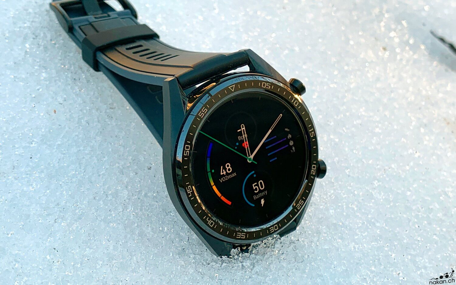 La Montre Connectee Huawei Watch Gt Testee De Fond En Comble